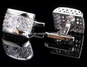 2017 New Designs Diamond-Bordered Button Alloy Metal Crystal Cuff Links pictures & photos