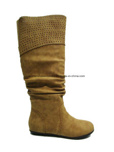 Comfort Lady Fashion Wholesale Flat Heel Middle Boots for Shopping pictures & photos