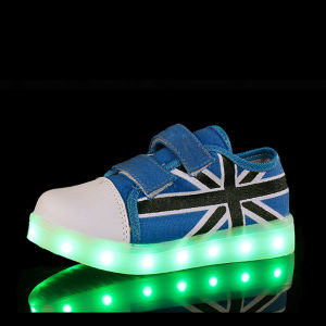 Fashion Unisex LED Light White Sport Shoes Glow Sneakers Running LED Shoes pictures & photos