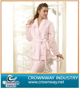 Hot Sale Fashion Design Sexy Women Pajamas (CW-CF-1) pictures & photos