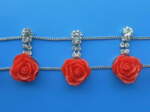 Flower Chain pictures & photos
