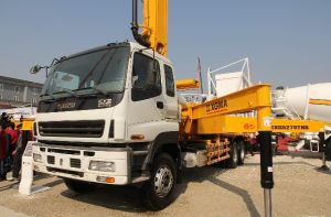 Isuzu Chassis 6X4 Concrete Pump Truck pictures & photos
