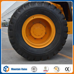 Chinese Front End Wheel Loader Pay Loader with Grass Cutter pictures & photos