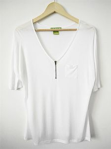 Women Rayon Deep V-Neck White T Shirt Fashion Garment pictures & photos