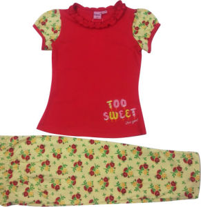 Summer Kids Baby Girl Suit Pajamas pictures & photos