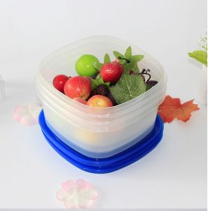 Hot Selling New Stackable Portable Plastic Container pictures & photos