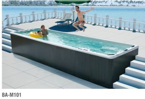 Large Big SPA Bathtub for Four People pictures & photos