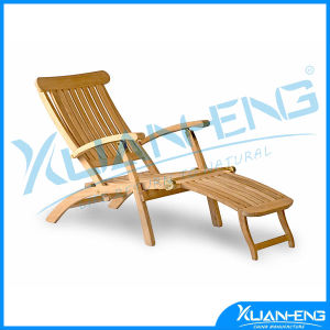 The Ultimate Mahogany Folding Beach Chair with Matching Footrest pictures & photos