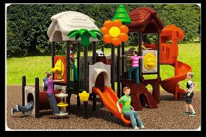 2015 Latest Design Outdoor Playground Equipment Lt-2007b