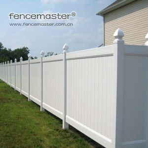 Easily Assembled Vinyl Fence pictures & photos