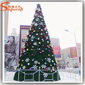 PVC Artificial Plastic Decoration Christmas Plant Tree pictures & photos
