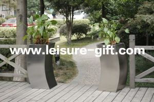 Fo-9027 Stainless Steel Flower Pot Square Curvy Planter pictures & photos
