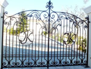 Building Material Wrought Iron Gate pictures & photos