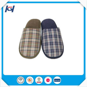 Cheap Wholesale Daily Use TPR Sole Men′s Bedroom Slippers pictures & photos