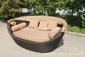Round Rattan Daybed Beach Bed Sunbed Outdoor Furniture pictures & photos