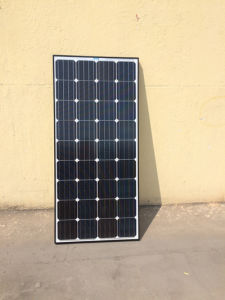 Mono Hot Sell 150W 160W 170W Solar Panel in Stock pictures & photos