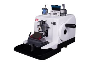 Rotary Paraffin Microtome with Japan Components pictures & photos