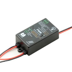 Mini 5A-12V Solar Charge/Discharge Controller with IP67-Waterproof 5A-12V pictures & photos