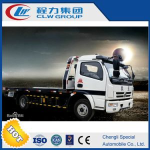 Clw 3-5 Tons Loading Capacity Flatbed Wrecker Towing Truck pictures & photos