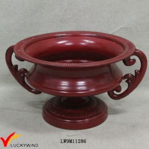Handcrafted Red Paint Metal Flower Urn Planter pictures & photos