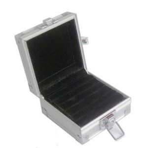 Hot Sale Aluminum CD/DVD Carrying Case pictures & photos