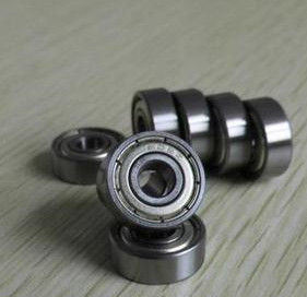 SKF Single Row Deep Groove Radial Ball Precision Bearing (6315) pictures & photos