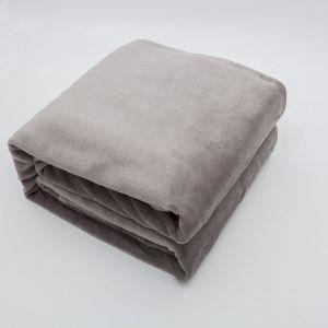 Super Soft Hotel Polar Fleece/Coral Fleece Throw Blanket pictures & photos