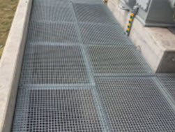 Hot Sale Steel Bar Grating from China pictures & photos