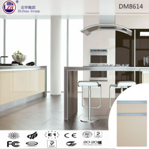 Modern Style Kitchen Cabinet with Alumunium Handles pictures & photos