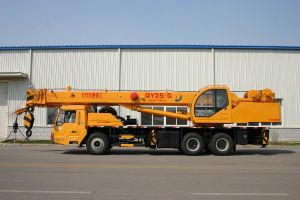 N. Traffic 25ton Truck Crane Qy25g pictures & photos