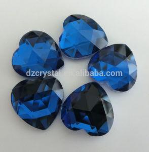 Flat Back Heart Shape Fancy Stones pictures & photos