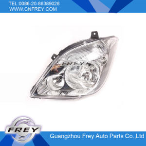 Headlight for Mercedes Benz Sprinter 906 OEM 9068200361 pictures & photos