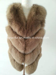 2015 Fluffly and Soft Real Fox Fur Vest pictures & photos