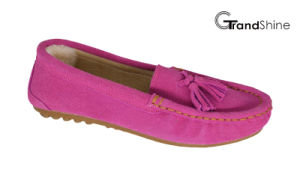 Women′s Loafers Flat Moccasions with Tassels pictures & photos