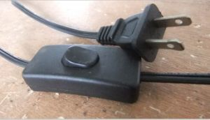 Switch on Cable with Pulg and Connector Lamp Holder pictures & photos