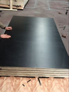 High Quality F17 Plywood, F17 Formply Plywood, Black Film Plywood, Film Faced Plywood pictures & photos