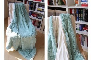 Wholesale Solid Long Hair Ultra Plush PV Velvet Blanket pictures & photos