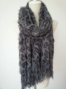 Azo Free Leopard Printing Knitted Winter Scarf with Tassels pictures & photos