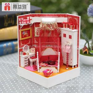 2017 Mini DIY Dollhouse Wooden Toy pictures & photos