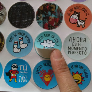 Custom PVC Material Colorful Printing Sticker Round Shape pictures & photos