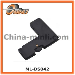 Customized Special Plastic Bracket with Single Roller (ML-DS042) pictures & photos