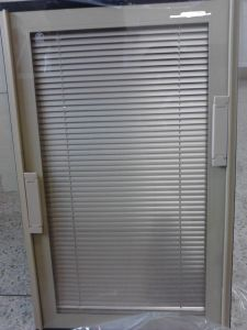 Aluminium Shutter Inside Glass Panel Door and Window/Aluminium Glass Blinds Door and Window pictures & photos