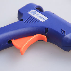 Hot Melt Glue Gun, Hot Glue Gun, Industrial Glue Gun 20W pictures & photos