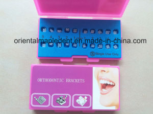 CE, ISO Approved Orthodontic Ceramic Brackets (edgewise/Roth/MBT Brackets) pictures & photos