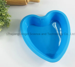 """Cheap Big Heart 8.5"""" Microwave Silicone Muffin Mould Sc58 pictures & photos"""