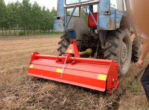 Wheeled Tractor with Pto Rotary Tiller with Ce pictures & photos
