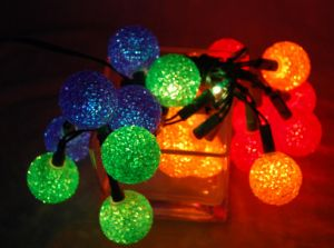 EVA Ball Lighting with Light Chain (IL106255) pictures & photos