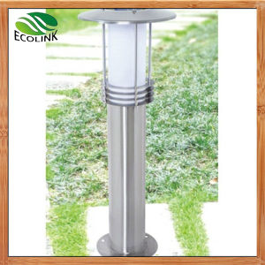 Solar Outdoor Lights Lawn Garden Lights pictures & photos