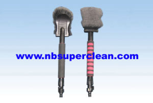Car Wash Brush with EVA Handle (CN1910) pictures & photos