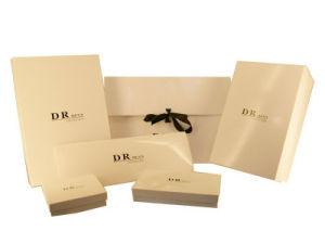 Elegant Designpure Cream Colour Paper Gift Box (YY-G0095) pictures & photos